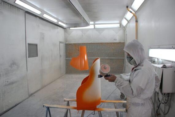 oranje spuitwerk door Bart Dijkhof